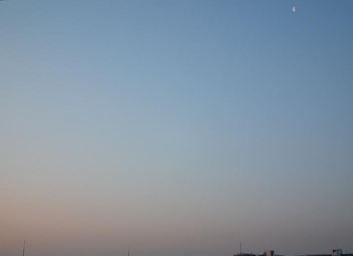 Moon20120315_2