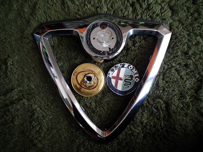 Alfa156_enblem03