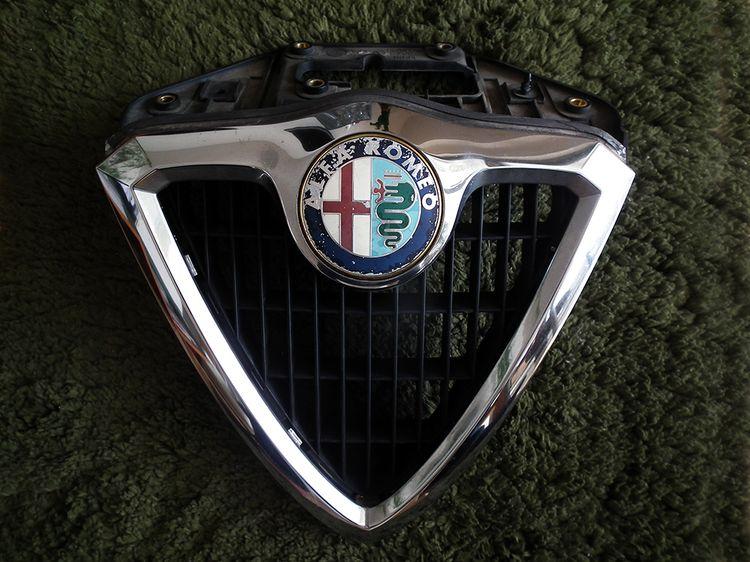 Alfa156_enblem02