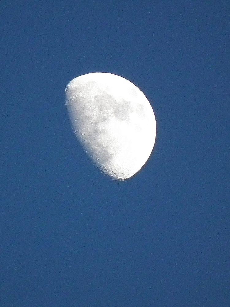 Moon20140509