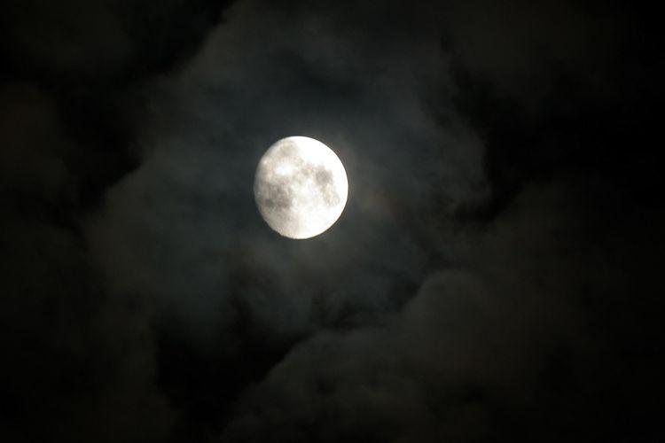 Moon20140808