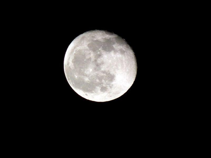 Moon20140318