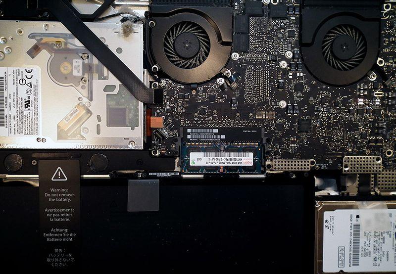 Macbookpro17in_1