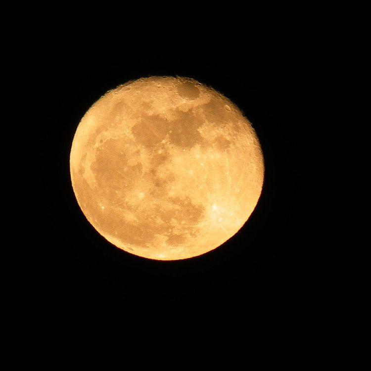 Moon_2011208